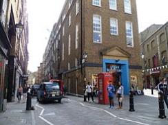 Urban Outfitters, Shelton Street, Covent Garden.JPG